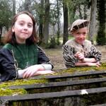 costumes-renaissance-garcon-fille-costumes-enfants-elisabeth-nicvert-couture-dhistoire