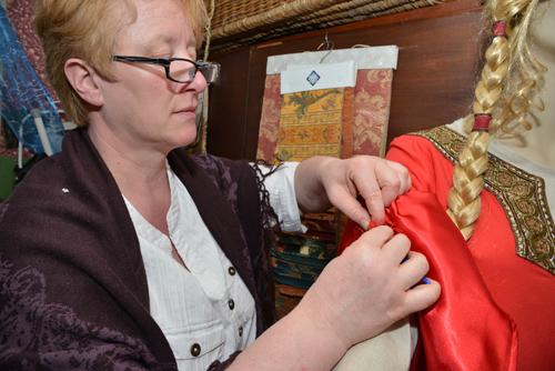 elisabeth nicvert costumière couture d'histoire à montbard